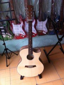 Guitar Minh Phát