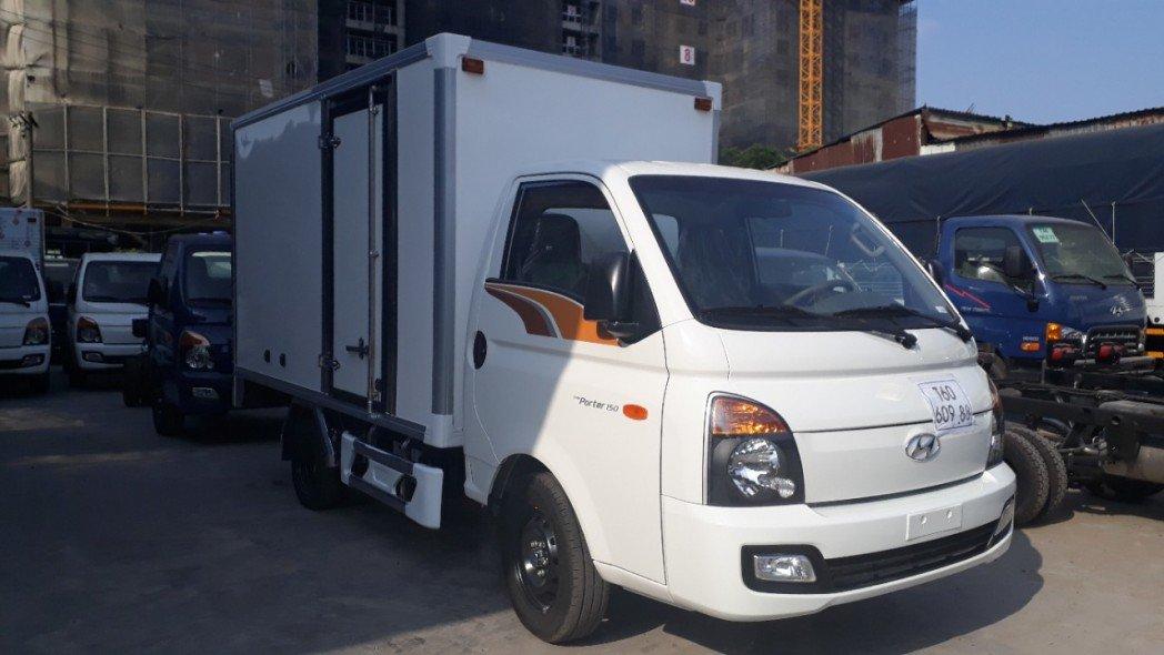 Xe tải Hyundai H150 giá rẻ TPHCM