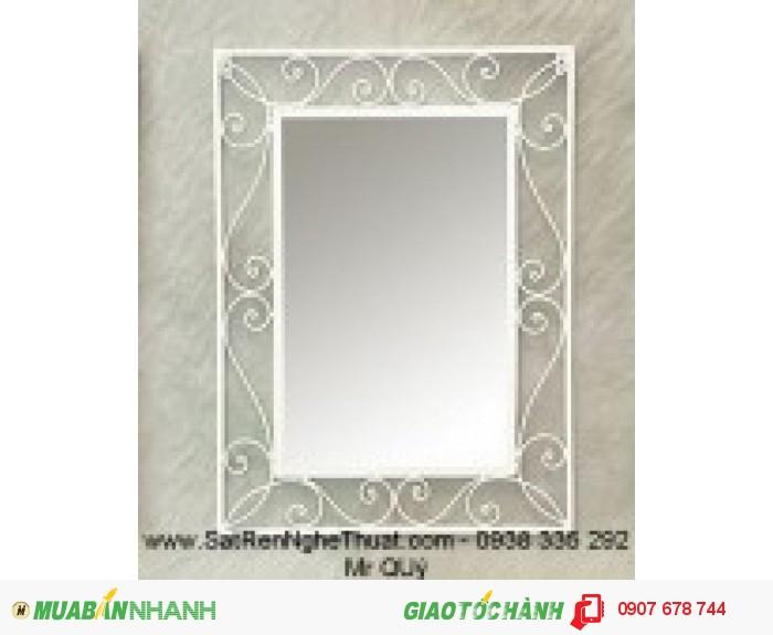Khung gương sắt rèn nghệ thuật trang trí không thể thiếu trong ngôi nhà bạn. Giá bán :   950.0001