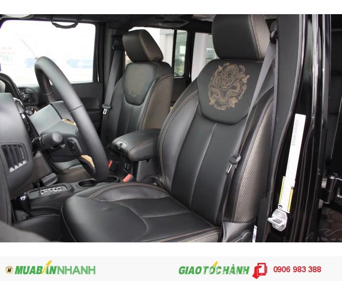 Jeep Wrangler Dragon Edition model 2015, mới 100% phiên bản rồng
