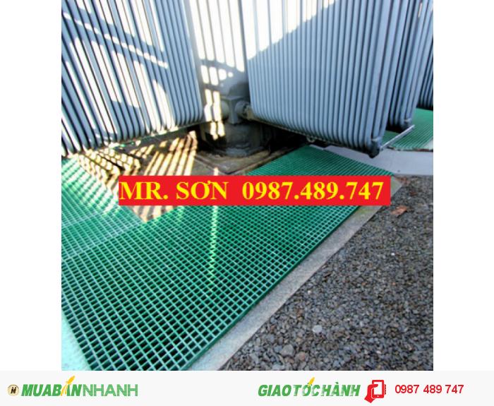 Tấm sàn ô lưới ( frp grating ), Sàn Lót Chống Trượt Trong Nhà Máy1