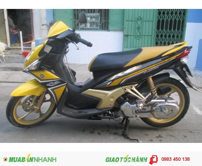 Xe Yamaha Nouvo 4 RC màu vàng trắng đen 2