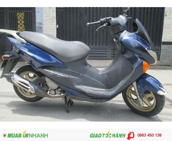 Xe Suzuki Epicuro 150cc màu xanh biển số thành phố 1