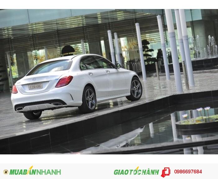 Mercedes-Benz C250 sản xuất năm 2015 Số tự động Động cơ Xăng
