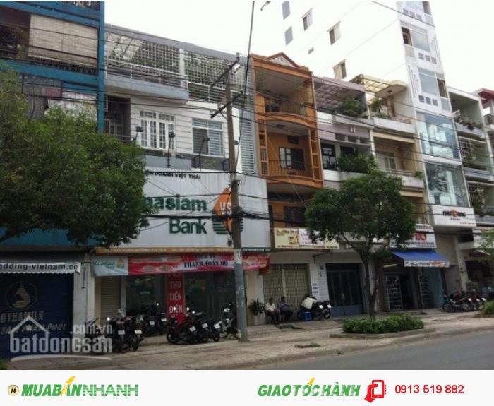 Bán nhà mặt tiền Hùng Vương, Q10 DT: 8x18m, 4 lầu giá: 25 tỷ