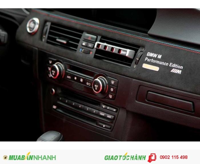 BMW 335i Convertible 2009 4