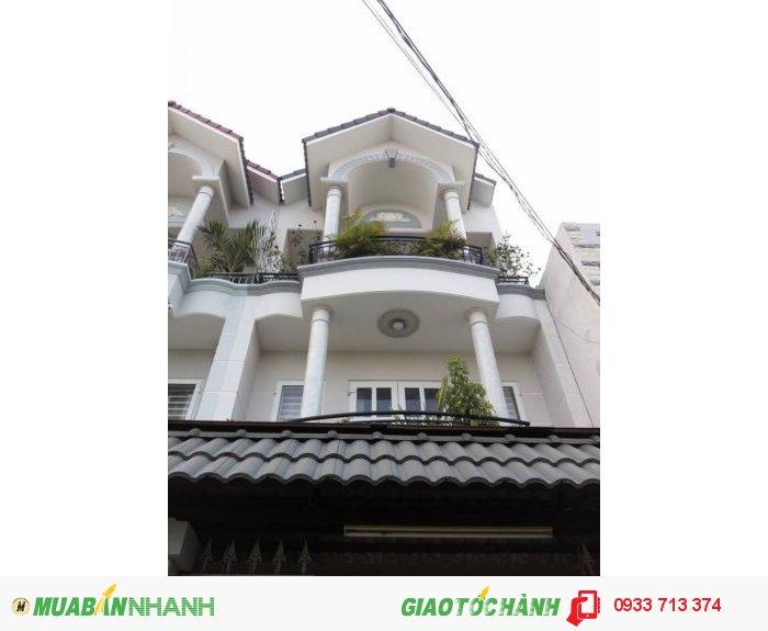 Bán gấp nhà quận 12, ngay trung tâm phường, trường, chợ Thạnh Lộc