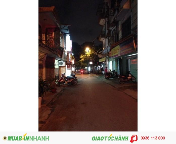 Bán nhà phố Huỳnh Thúc Kháng, 48m2, 4 tầng, kinh doanh cực tốt, ô tô vào nhà