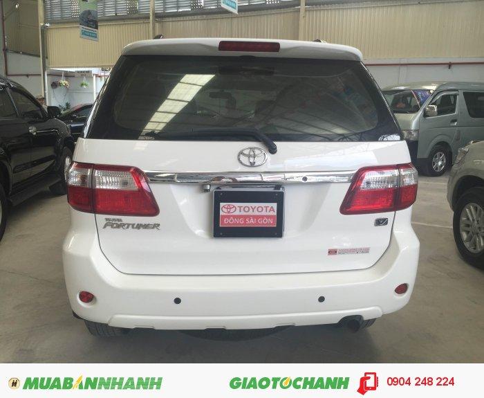Fortuner V, màu trắng, giá tốt, xe bao đẹp 3