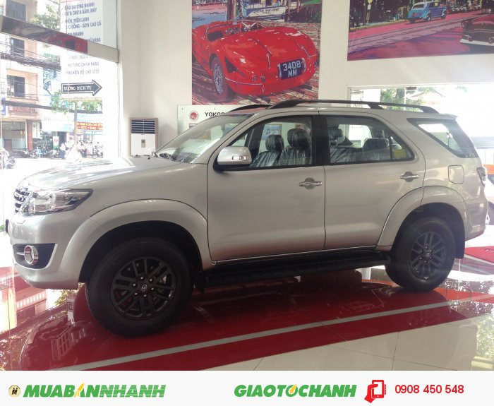 Bán xe Toyota Fortuner giá tốt giao ngay 3