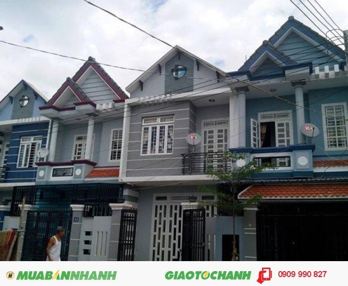 Nhà 3 tầng đúc thật, giá 745 triệu, đối diện CO.OP Mart Nam Sài Gòn