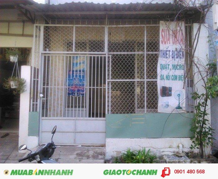 Bán GẤP nhà Nguyễn Thị Thập, Quận 7. DT 30m2. Giá 1.38 tỷ/TL