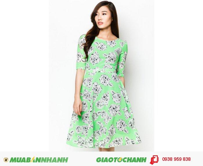 Đầm cổ tròn tay lỡ | Mã: AD228-xanh lá | Giá 788000 Quy cách: 84-66 (+-2): chiều dài tb: 85cm - 90cm | Chất liệu: lụa cát | Size (S - M - L - XL) | Mô tả: Trở thành cô gái quý phái và cổ điển với đầm xòe in hoa hồng., 1