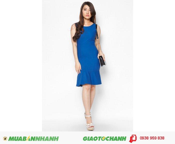 Đầm bèo lai thắt nơ eo| Mã: AD231-xanh biển| Quy cách: 84-64-88 (+-2): chiều dài tb: 85cm - 90cm | - Chất liệu cotton lạnh - | Size (S- M - L -XL ) | Mô tả: Đầm xòe sẽ giúp các cô gái trở nên thanh lịch và quý phái hơn trong phong cách của mình. Thiết kế phối nơ thắt tạo điểm nhấn thu hút và góp phần giúp bạn thêm nữ tính, phong cách đầm kiểu dáng đầm xòe với màu xanh nổi bật mang lại sự thon gọn cho quý cô.. May khóa kéo sau lưng. -Tùng đầm xòe. Giá: 598,000 đồng, 3