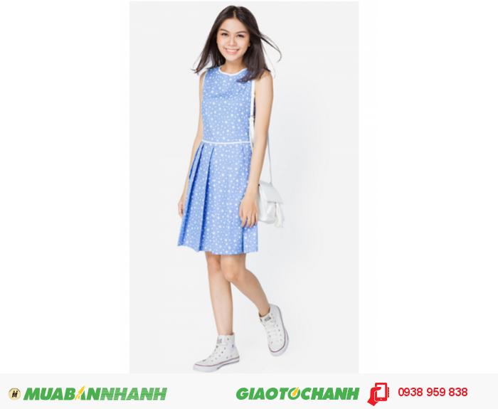 Đầm xòe xếp ly viền | Mã:AD196-AD241- xanh ngọc | Giá: 398000 Quy cách: 84-66 (+-2) chiều dài tb: 85cm - 90cm | chất liệu: cotton lạnh| Size (S - M - L) | Mô tả: Kiểu dáng xòe trẻ trung phối viền trắng nổi bật, họa tiết ngôi sao bắt mắt, mang lại vẻ ngoài hiện đại và thời trang cho bạn gái., 2