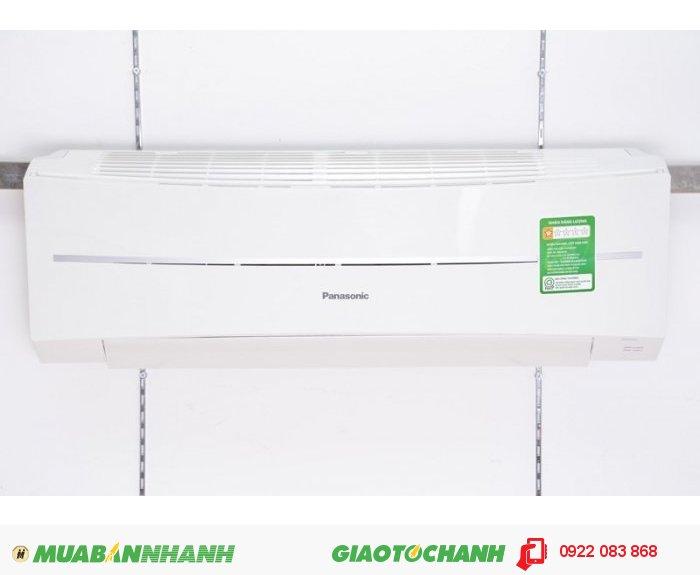 Panasonic CU/CS- KC9QKH-8Kiểu điều hòa Treo tườngTốc độ làm lạnh (BTU/h) 9210Công suất làm lạnh (W) 2700Tính năng • -• Khử mùi• Lọc không khí• Hoạt động êm áiNguồn điện 220V-240V/ 50-60HzKích thước dàn trong(mm) 290 x 870 x 204Kích thước dàn ngoài(mm) 511 x 650 x 230Trọng lượng dàn trong(kg) 9Trọng lượng dàn ngoài(kg) 20Xuất xứ Malaysia, 2