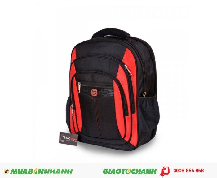 Ba lô laptop BCBLL0715002 | Giá: 380,000 VND | Loại: Ba lô laptop | Màu sắc: Đen - đỏ | Chất liệu: Vải bố | Kích thước: 35x45x14 | Trọng lượng: 1,1 kg | Mô tả: Ba lô laptop với kiểu dáng đơn giản, màu sắc tươi sáng trẻ trung, dành cho những người độ tuổi từ 18 đến 35. Có nhiều ngăn tiện dụng, cho bạn đựng được laptop và nhiều vật dụng khác. Túi thiết kế rộng, đeo vai thoải mái và chắc chắn khi đeo. Thích hợp cho mọi người trong cuộc sống như : du lịch, công tác, công sở, sinh viên học sinh,..., tiện ích đa năng. Đường may chắc chắn, cẩn thận, bảo vệ tối đa cho chiếc laptop không bị va đập, trầy xước., 3