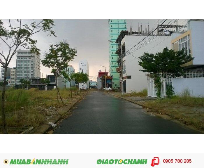 Cần bán nhanh đất Lê Ninh-ngay Phạm Văn Đồng, cách biển 700m 2,350 tỷ/lô