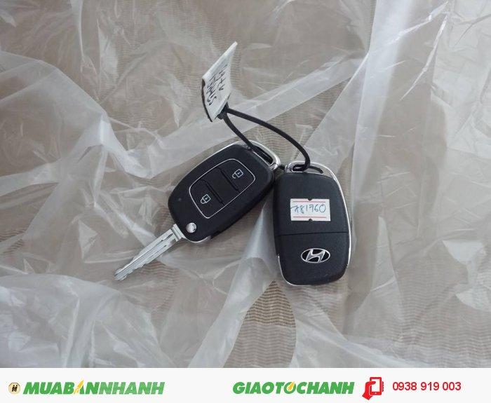 Hyundai Grand Starex sản xuất năm 2017 Số tay (số sàn) Dầu diesel