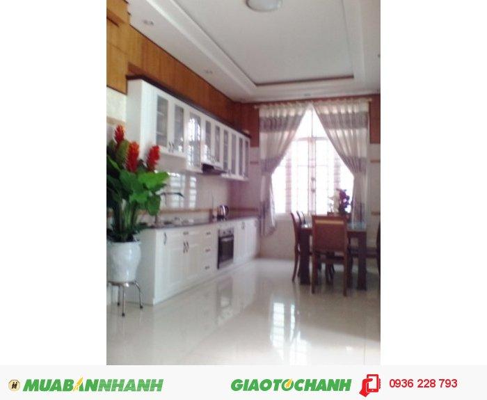 Cần Tiền Bán Lỗ Nhà 6,5 Lầu Mt Lê Văn Lương Q7, Hơn 20 Phòng, Dt: 150m2, Giá 10 Tỷ