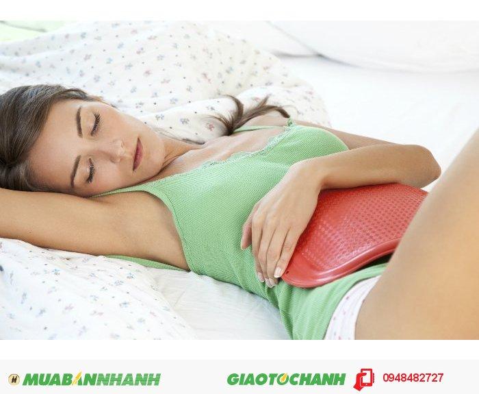 Đặc biệt túi rất dễ sử dụng, bạn có thể dùng túi chườm vào vùng bụng, hay có thể nằm lên túi chườm, sẽ giúp bạn giảm nhanh cảm giác đau bụng, mệt mỏi., 3