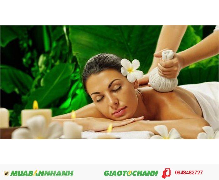 Hương thơm tự nhiên tác động tới thần kinh, các giác quan và toàn bộ cơ thể cho ta cảm giác nhẹ nhàng và thư giãn. Đặc biệt hương thơm của oải hương và hương thảo giúp tinh thần thư giãn, tăng cường trí nhớ, cải thiện chất lượng giấc ngủ, cho bạn cảm giác như đang được phục vụ tại các spa cao cấp., 3