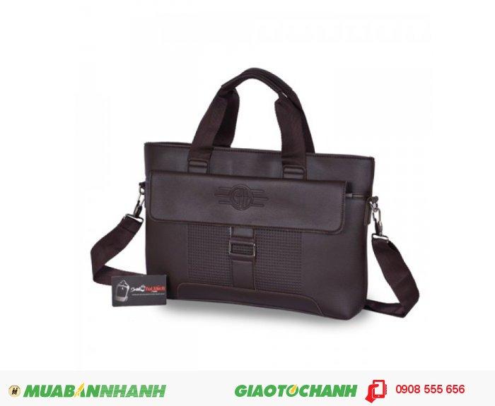 Đặc biệt, một số mẫu túi còn có quai xách cho bạn thoải mái lựa chọn cách sử dụng phù hợp với nhu cầu bản thân., 3