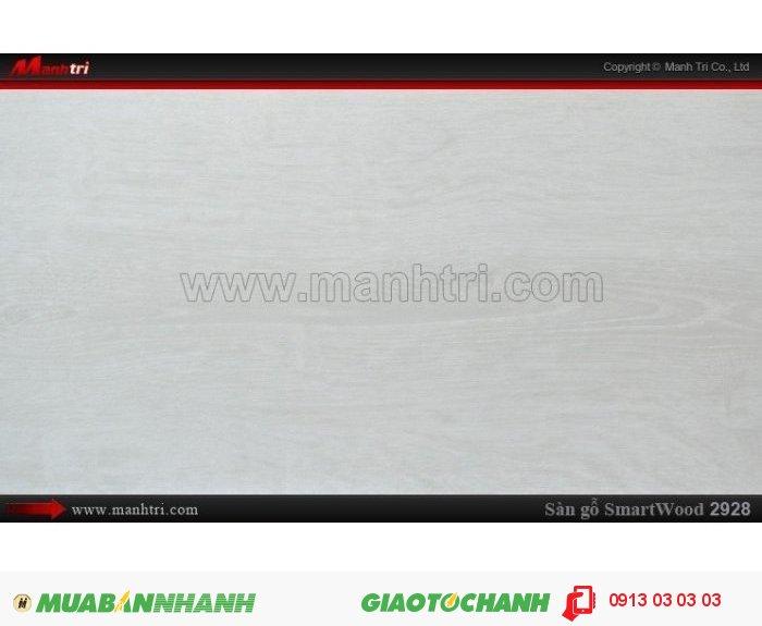 Sàn Gỗ Công Nghiệp Smart wood 2928, dày 8mm, chống thấm, chống bong tróc; Xuất xứ: Malaysia; Quy cách: 1205 x 191 x 8 mm; Chống trầy AC4. Giá: 294.000VND, 2