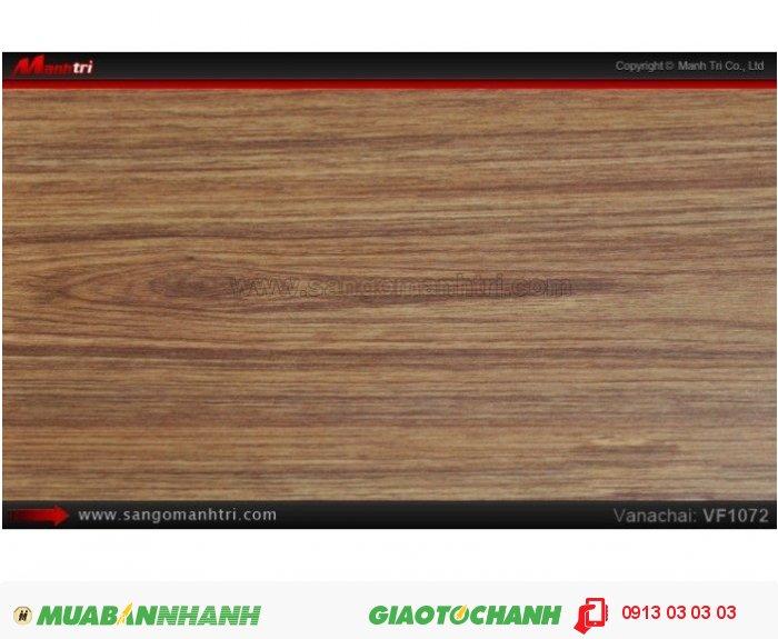 Sàn gỗ công nghiệp Vanachai VF1072, dày 12mm, độ bền cao; Qui cách: 1205x 193 x 12mm; Xuất xứ hàng hóa: Sản xuất tại THÁI LAN - Chống trầy: AC3; Ứng dụng: Thi công lắp đặt làm sàn gỗ nội thất trong nhà, phòng khách, phòng ngủ, phòng ăn, showroom, trung tâm thương mại, shopping, sàn thi đấu. Giá: 235.000VND, 4