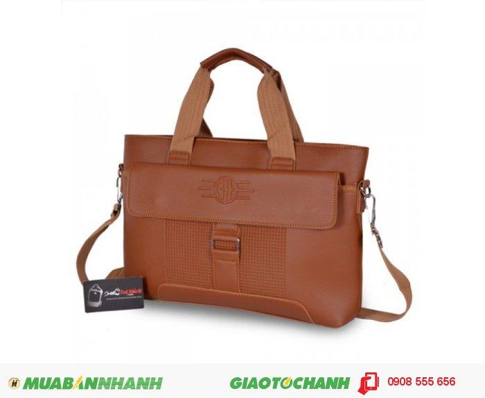 Túi còn được thiết kế thêm tay cầm, bạn có thể thay đổi cách cầm cho phù hợp., 3