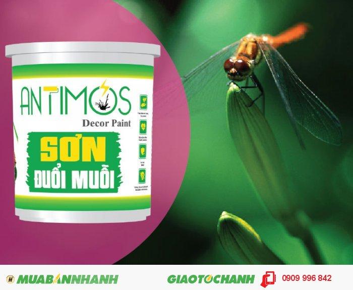 Sơn màu đuổi côn trùng Antimos | Quy cách: 1000ml | Giá: 250.000đ | Mô tả: Sơn Antimos đã được chứng nhận bởi Viện kiểm nghiệm Pasteur về mức độ an toàn và tầm ảnh hưởng đối với sức khỏe cộng đồng, Bạn hoàn toàn có thể an tâm lựa chọn dòng Sơn chống muỗi Antimos để bảo vệ sức khỏe cho cả gia đình. Ngoài ra sơn có tác dụng trừ khử côn trùng trong nhà hiệu quả, 4