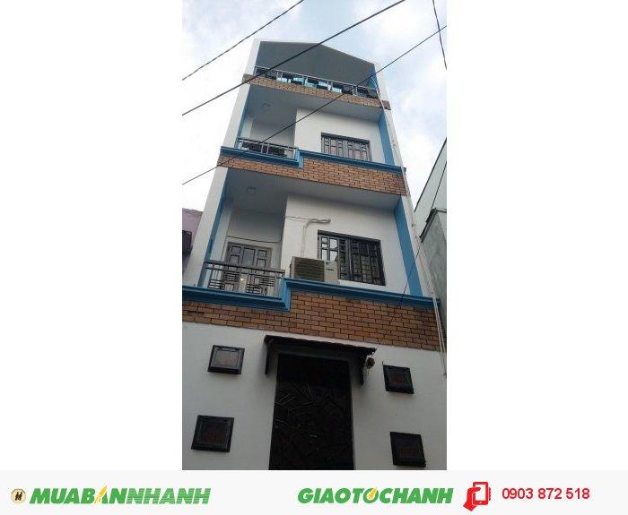 Bán nhà 2 lầu đường Nguyễn Tri Phương Q10. DT: 4,5x15m. Gía 6.5 tỷ.