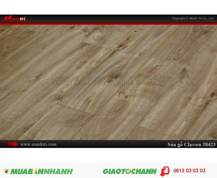 Sàn gỗ công nghiệp Classen 38423; Qui cách: 1286 x 194 x 12mm; Chống trầy: AC5; Ứng dụng: Thi công lắp đặt làm sàn gỗ nội thất trong nhà, phòng khách, phòng ngủ, phòng ăn, showroom, trung tâm thương mại, shopping, sàn thi đấu. Giá bán: 419,000 VNĐ, 1