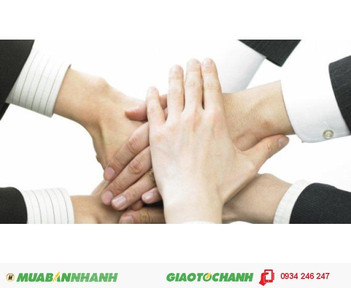 Với sự hợp tác chặt chẽ cùng các đại diện Sở hữu trí tuệ, Văn phòng luật sư, Công ty luật trong nước và các quốc gia khác nhau, MasterBrand có khả năng và cam kết phục vụ tốt nhất quyền lợi của khách hàng ở cả trong nước và các thị trường lớn trên thế giới, 2