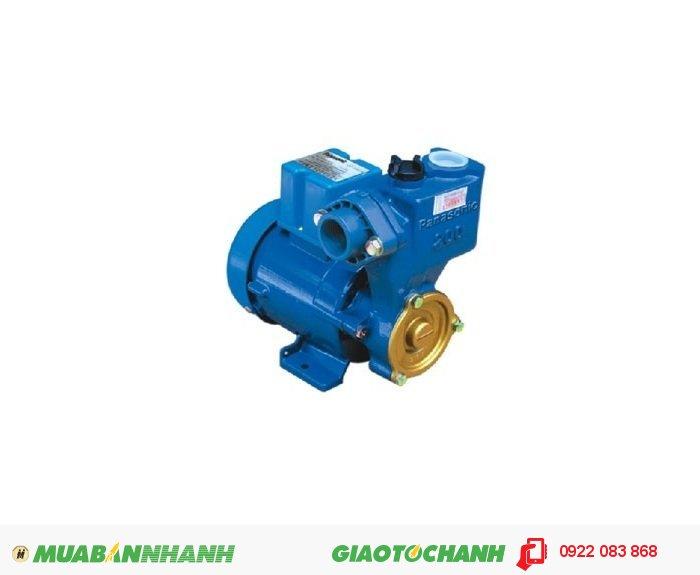 Máy bơm nước Panasonic GP 200JXK:Giá: 1.230.000Hãng sản xuất: PanasonicCông suất (W: 200Lưu Lượng ( lít / phút: 45Độ cao đẩy ( m ): 30Độ sâu hút ( m): 9Đường kính ống hút( mm): 25Đường kính ống đẩy( mm ): 25Nguồn điện: 220V - 50 HzXuất xứ: Indonesia, 3
