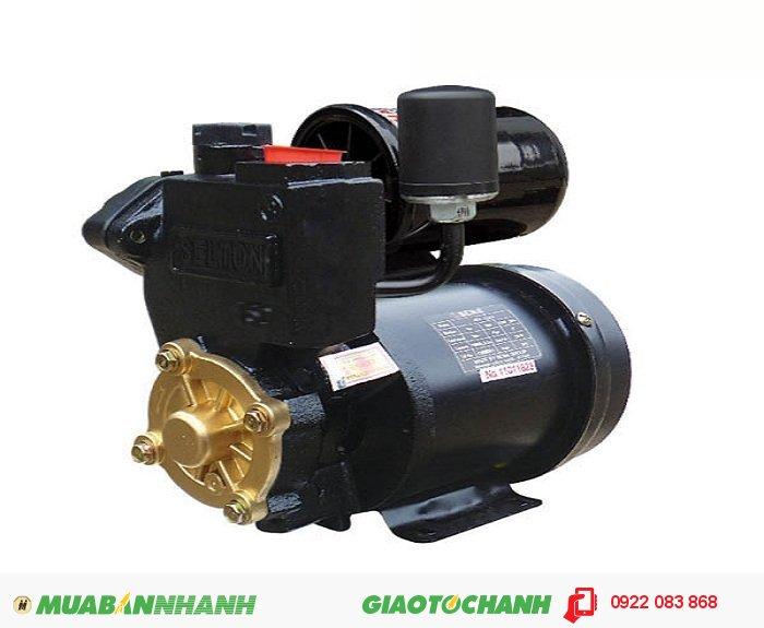 Máy bơm nước công nghiệp SEP - 150 AEGiá: 1.380.000Nguồn điện: 220V - 50HzCông suất: 150WHút sâu: Max 9mTổng cột áp: Max 30mLưu lượng: Max 33l/minRơ le áp lực: 1,1 ÷ 1,8 kg/cm2Ống hút/xả: 25mm (1'), 4