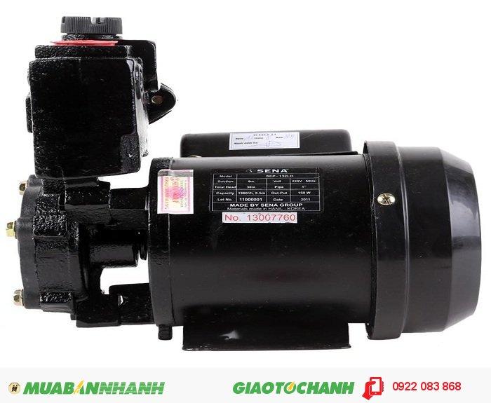 Máy bơm nước áp lực Sena SEP 132LD Động cơ khỏe, bền chất lượng tốt:Giá: 950.000Hãng sản xuất: SenaCông suất (W):150Lưu lượng ( lít / phút): 33Độ cao đẩy ( m ): 30Độ sâu hút ( m): 9Đường kính ống hút ( mm): 25Đường kính ống đẩy ( mm ): 25Nguồn điện: 220V - 50HzXuất xứ: Việt Nam, 1