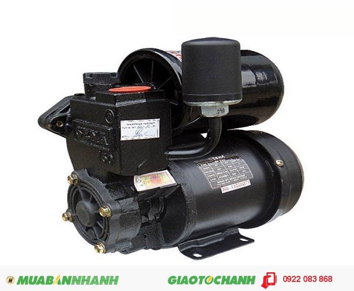 Máy bơm nước áp lực Sena SEP 131 LD Máy bơm tăng áp gia đình giá thành thấp, chất lượng, hút bể ngầm, đường ống tăng áp lực cho thiết bị vòi sen, máy giặt:Giá: 1.100.000Hãng sản xuất: SenaCông suất (W): 150Lưu lượng ( lít / phút): 33Độ cao đẩy ( m ): 20Độ sâu hút ( m): 9Đường kính ống hút (mm): 25Đường kính ống đẩy (mm ); 25Nguồn điện; 220V - 50HzÁp lực (kg/cm2): 1.1 - 1.8Xuất xứ: Việt Nam, 2