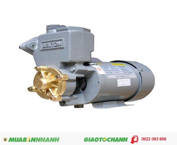 Máy bơm nước 2 đầu Selton SEL 150AEGiá: 970.000Hãng sản xuất: SeltonCông suất (W): 150Lưu Lượng ( lít / phút): 33Độ cao đẩy ( m ): 20Độ sâu hút ( m): 9Đường kính ống hút( mm): 25Đường kính ống đẩy( mm ): 25Nguồn điện: 220V -50HzÁp lực (kg/cm2): 1.1 - 1.8Xuất xứ: Việt Nam, 1