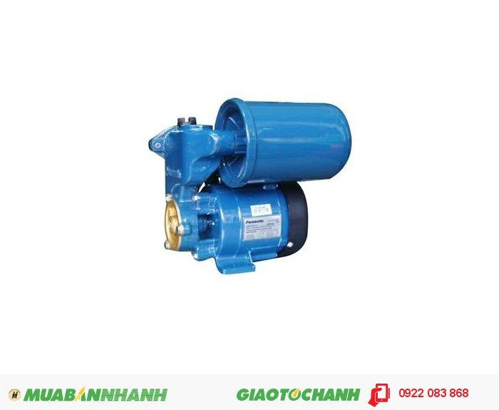 Máy bơm nước cũ Panasonic GP350JA hiết kế nhỏ gọn, thuận tiện trong việc di chuyển, dễ dàng lắp đặt và bảo dưỡng.Giá: 2.780.000Công suất : 350W Lưu lượng nước tối đa : 45 lít/phút Đẩy cao tối đa : 45m Điện áp: 1 pha 220V Sử dụng ống : 1 inch Xuất xứ: Indonesia, 1