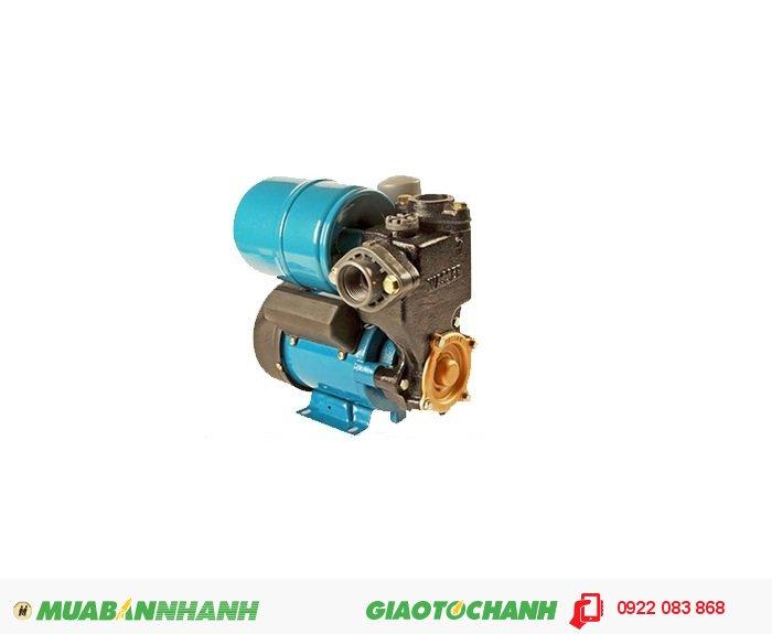 """Máy bơm nước dân dụng APP PW-200EAGiá: 1.450.000Công suất (HP) : 1/4 Công suất hút (m³/h) : 1,8 Cột áp (m) : 9 Nguồn điện : 220V 1""""*1"""" Đặc điểm : họng hút-xả: 25mm Xuất xứ : Taiwan, 2"""
