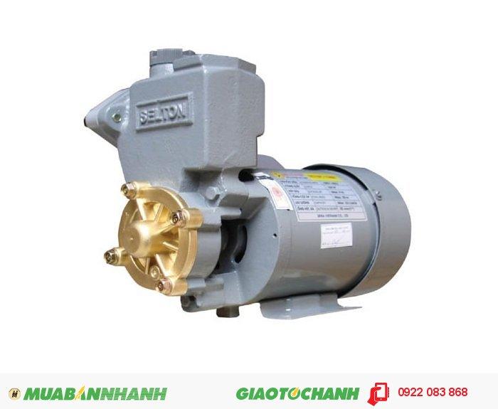 Máy bơm nước giá rẻ Selton SEL 150AEGiá: 1.380.000Hãng sản xuất: SeltonCông suất (W): 150Lưu Lượng ( lít / phút): 33Độ cao đẩy ( m ): 20Độ sâu hút ( m): 9Đường kính ống hút( mm): 25Đường kính ống đẩy( mm ): 25Nguồn điện: 220V -50HzÁp lực (kg/cm2): 1.1 - 1.8Xuất xứ: Việt Nam, 4