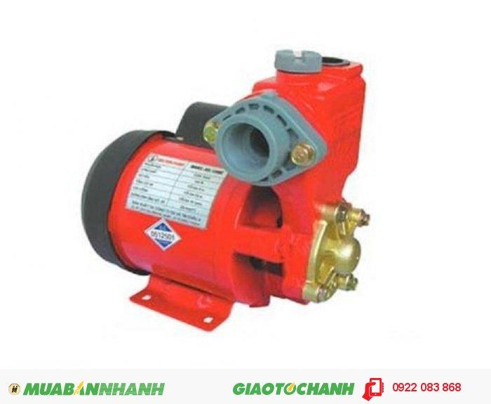 Máy bơm nước hút chân không Selton SEL 200BEGiá: 940.000Hãng sản xuất: SeltonCông suất (W): 200Lưu Lượng ( lít / phút): 42Độ cao đẩy ( m ): 30Độ sâu hút ( m): 9Đường kính ống hút( mm): 25Đường kính ống đẩy( mm ): 25Loại nhiên liệu: ĐiệnXuất xứ : Việt Nam, 5