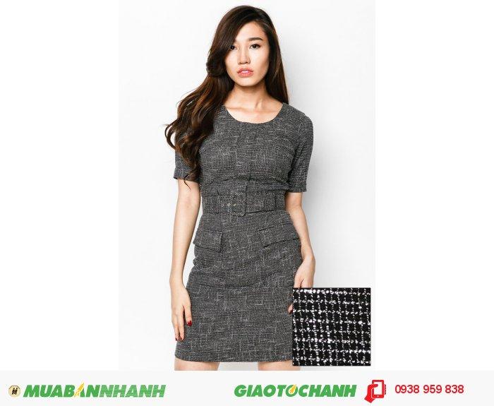 Đầm tay lỡ 2 túi trước | Mã: AD235-đen | Giá: 788000 Quy cách: 84-66 (+-2) chiều dài tb: 85cm - 90cm | chất liệu: kaki bố | Size (S - M - L - XL) | Mô tả: Thêm phần trẻ trung và thanh lịch cùng đầm ôm in họa tiết. Thiết kế đi kèm dây lưng tạo điểm nhấn thu hút và khéo léo khoe vòng eo thon gọn của bạn., 1