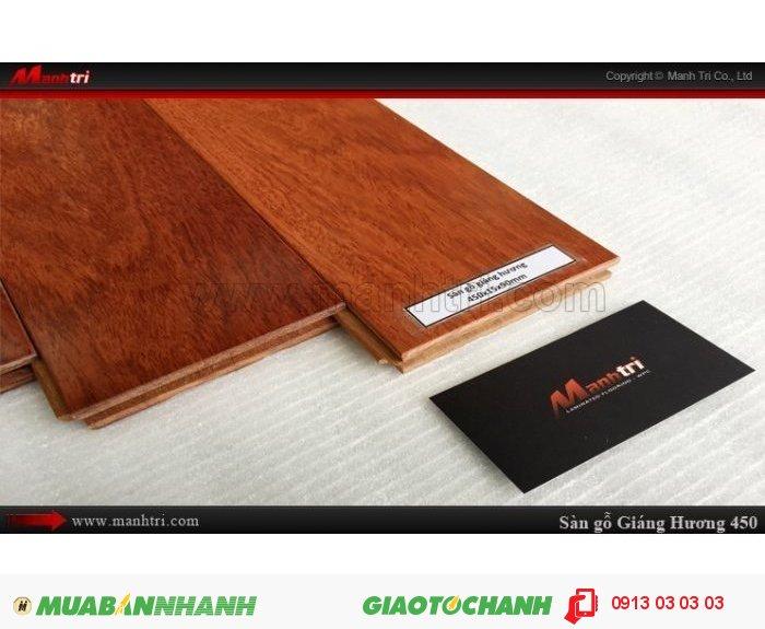 Sàn gỗ tự nhiên Giáng Hương 450mm; Kích thước (L x W x H): 450mm x 90mm x 15mm; Sàn gỗ giáng hương sấy đạt độ ẩm từ 8% - 12%, và được xử lý chống cong vênh, co ngót, mối mọt; Gỗ giáng hương rất thích hợp trong việc sử dụng làm ván lót sàn, vì đặc tính rắn chắc, khả năng chịu mối mọt cao, tính ổn định rất lớn. Điều đặc biệt là gỗ có mùi hương nhẹ, nên rất được nhiều gia đình sử dụng để lát sàn phòng ngủ. Giá: 1.250.000VND, 1