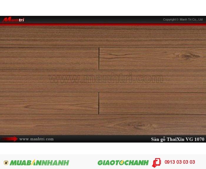 Sàn gỗ công nghiệp Thaixin VG1070, dày 12.3mm, chống cháy chồng trầy, chịu nước| Qui cách: 1205 x 125 x 12.3 mm| Chống trầy: AC4| Ứng dụng: Thi công lắp đặt làm sàn gỗ nội thất trong nhà, phòng khách, phòng ngủ, phòng ăn, showroom, trung tâm thương mại, shopping, sàn thi đấu. Giá bán: 369.000VND, 4