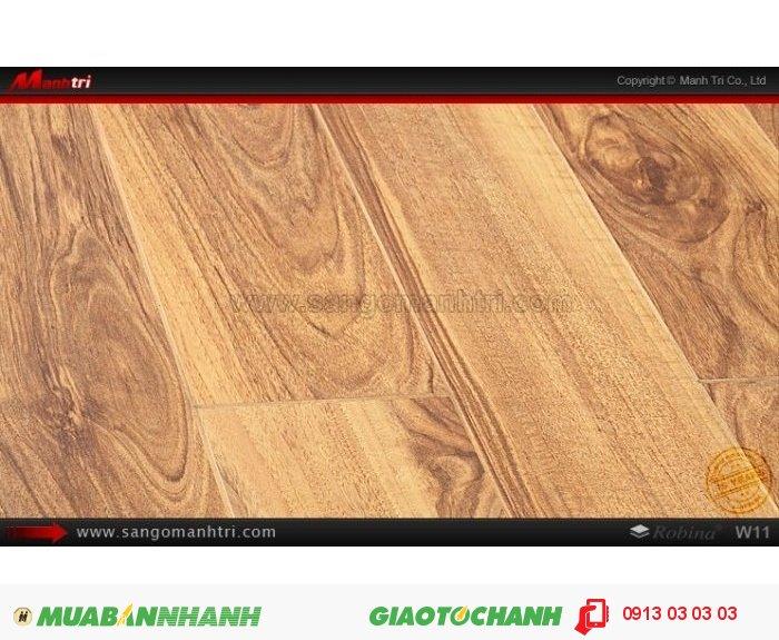 Sàn Gỗ Công Nghiệp Robina W11, dày 12mm, chống trầy; Qui cách: 1283 x 115 x 12mm; Công nghệ: Mitsu Japan - Chống trầy: AC4; Ứng dụng: Ốp tường, thi công sàn gỗ trong nhà, phòng khách, phòng ngủ. Giá bán: 459.000VND, 2