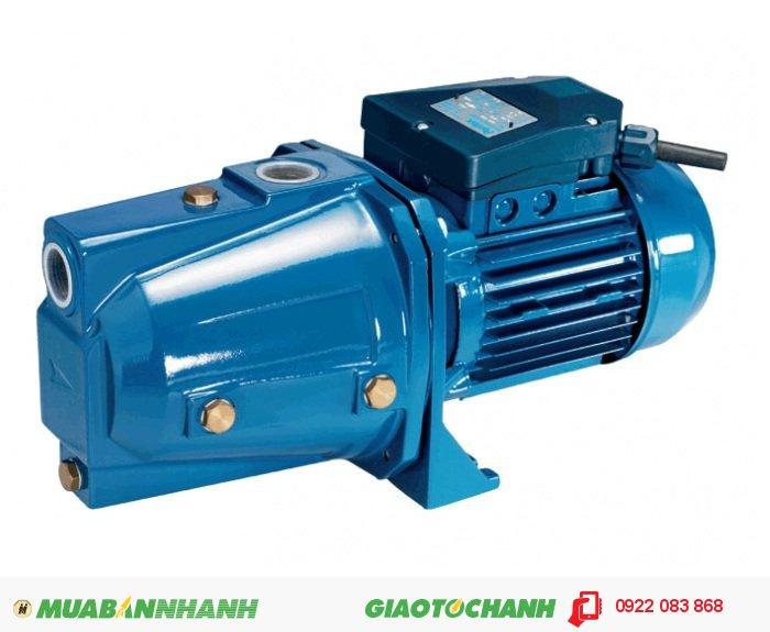 Máy bơm nước 25m3/h Sena Jet 101:Giá: 1.770.000Hãng sản xuất: SenaCông suất (W): 750Độ cao đẩy ( m ): 55Độ sâu hút ( m): 9Đường kính ống hút( mm): 25Đường kính ống đẩy( mm ): 25Loại nhiên liệu: ĐiệnXuất xứ: Việt Nam, 4