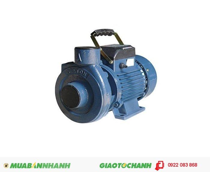 Máy bơm nước loại nào tốt Selton ST 25: Sử dụng để tăng áp lực nước cho các thiết bị sử dụng nước trong nhà như Vòi hoa sen, bình nóng lạnh, máy giặt ...Giá: 1.000.000Hãng sản xuất: SeltonCông suất (W): 750Lưu Lượng ( lít / phút): 260Xuất xứ: Việt Nam, 4