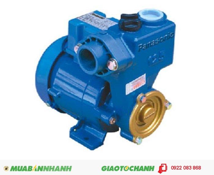 Máy bơm nước loại nào tốt Panasonic GP 129JXK: là máy bơm đẩy cao dùng hút từng giếng khoan hoặc trực tiếp nước từ đường ống nước sạch để bơm vào bể chứa hoặc téc nước, tùy theo nhu cầu sử dụng, vị trí đặt bể chứa hoặc téc nước cao hay thấp so với nguồn nước mà dùng máy có công xuất phù hợp. Giá: 980.000Hãng sản xuất: PanasonicCông suất (W); 125Lưu Lượng ( lít / phút): 35Xuất xứ; Indonesia, 5